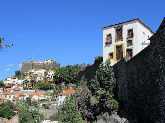 Santa Clara Convent and Fortaleza de São João Baptista do Pico