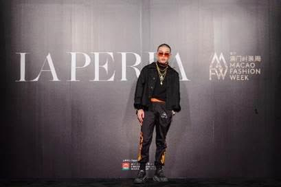 BrAnT.B star of top music show 'The Rap of China', attended the gala dinner and fashion show at The Venetian Macao's Grand Colonnade.