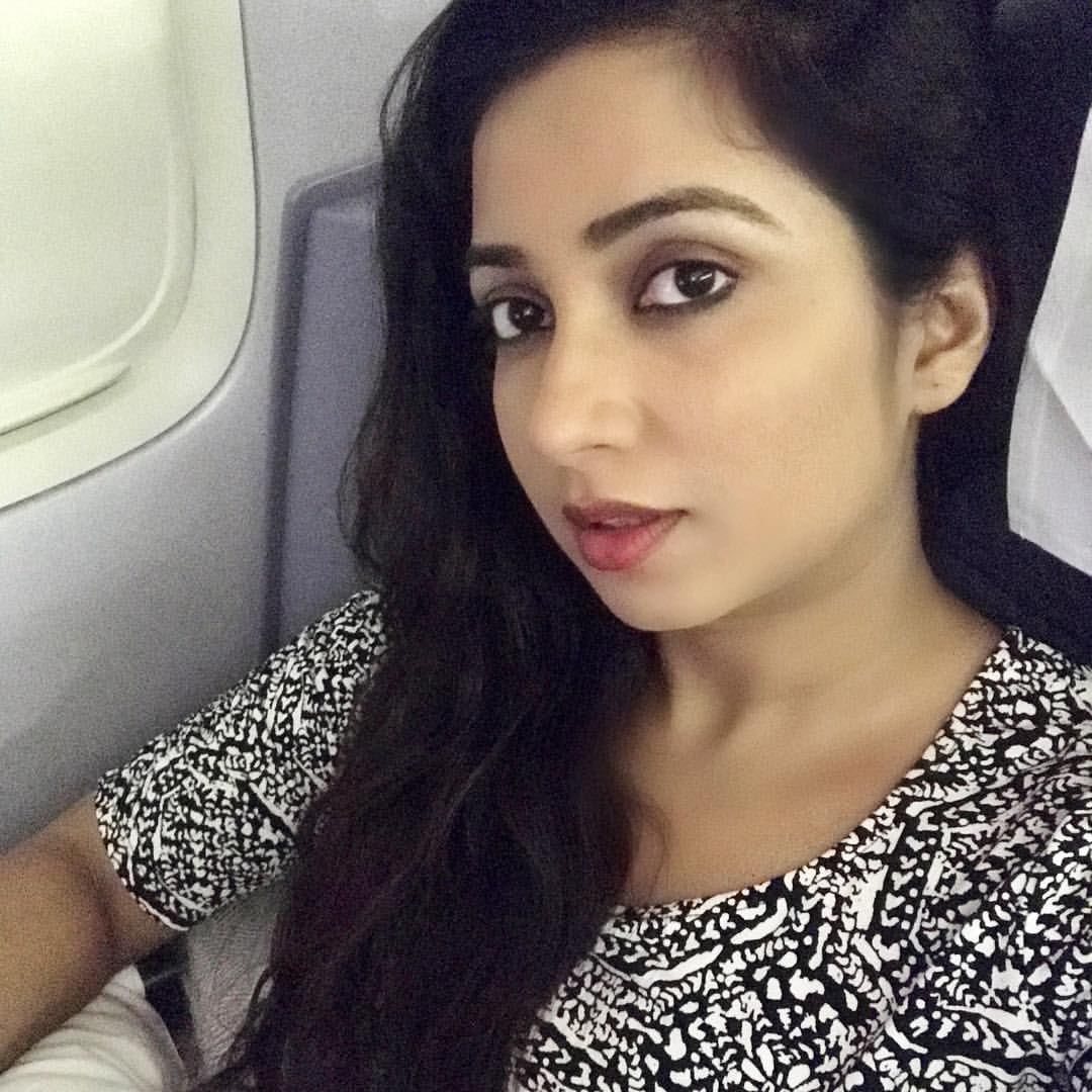 Shreya Ghoshal Has Cute Face With Pretty Voice  New Actress-9882