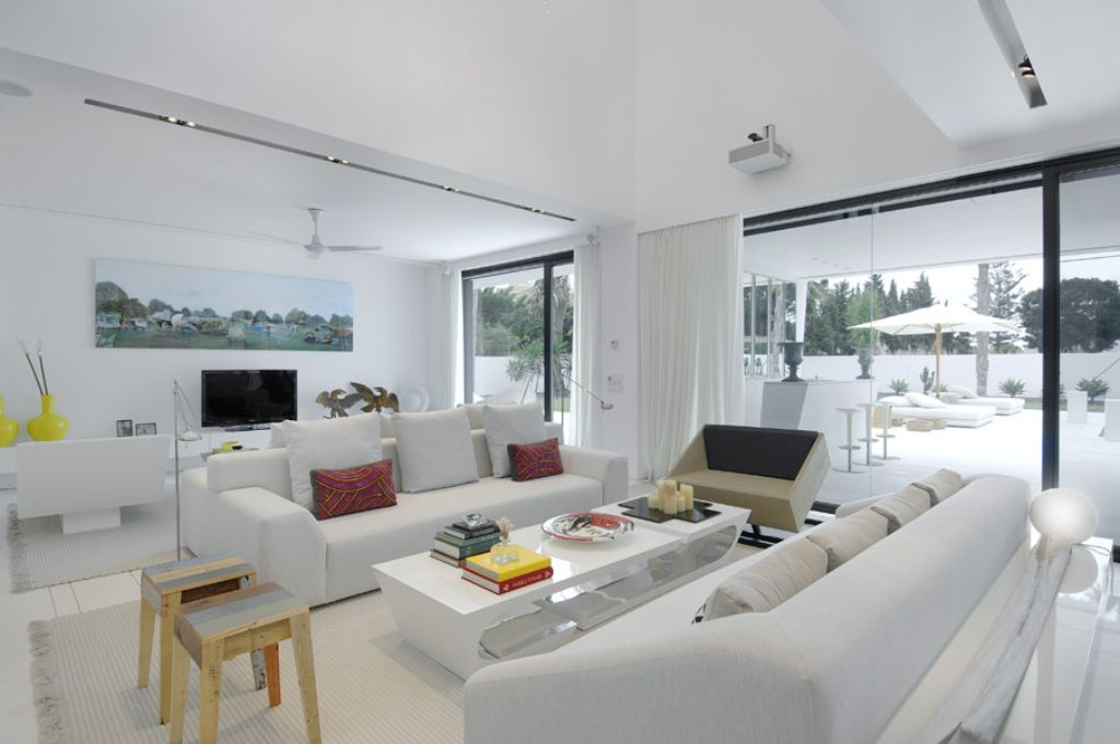 Top 11 Inspiring White Living Room Ideas Which Will Transform Your Living Room ! Home Decor