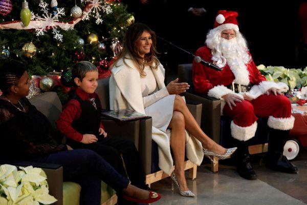 Меланія Трамп і Санта-Клаус