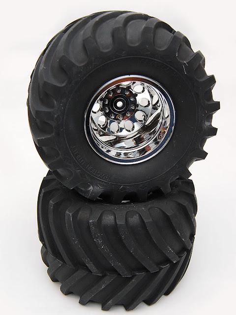 Tamiya TXT-1 wheels and tires