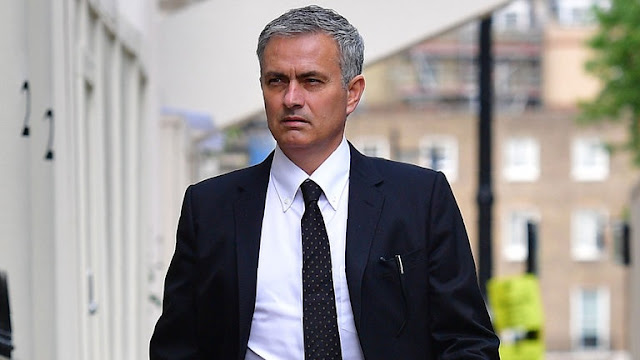 Mourinho appointed new Manchester United manager