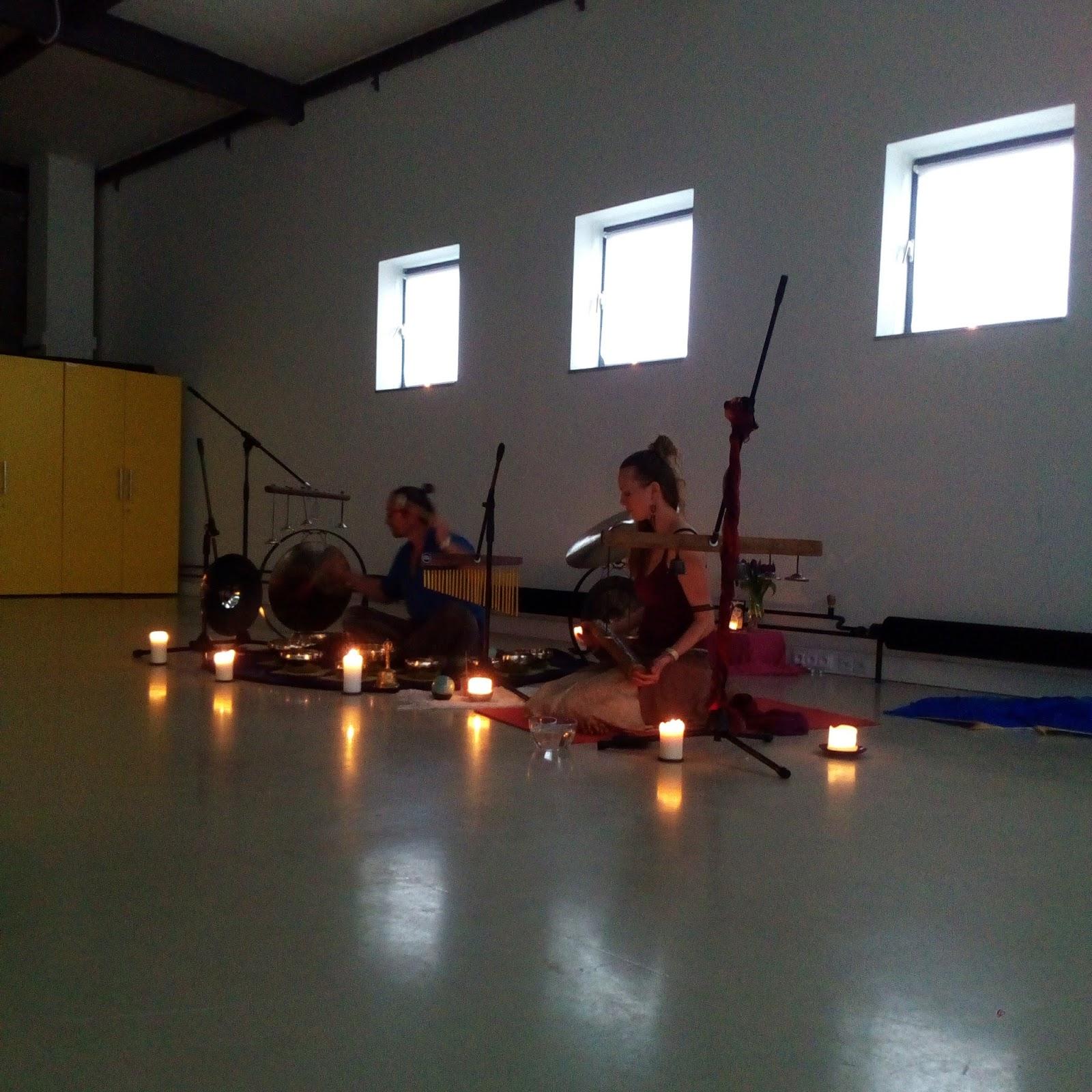 meditace s tibetskými mísami jógový festival Yoga Dance Ostrava