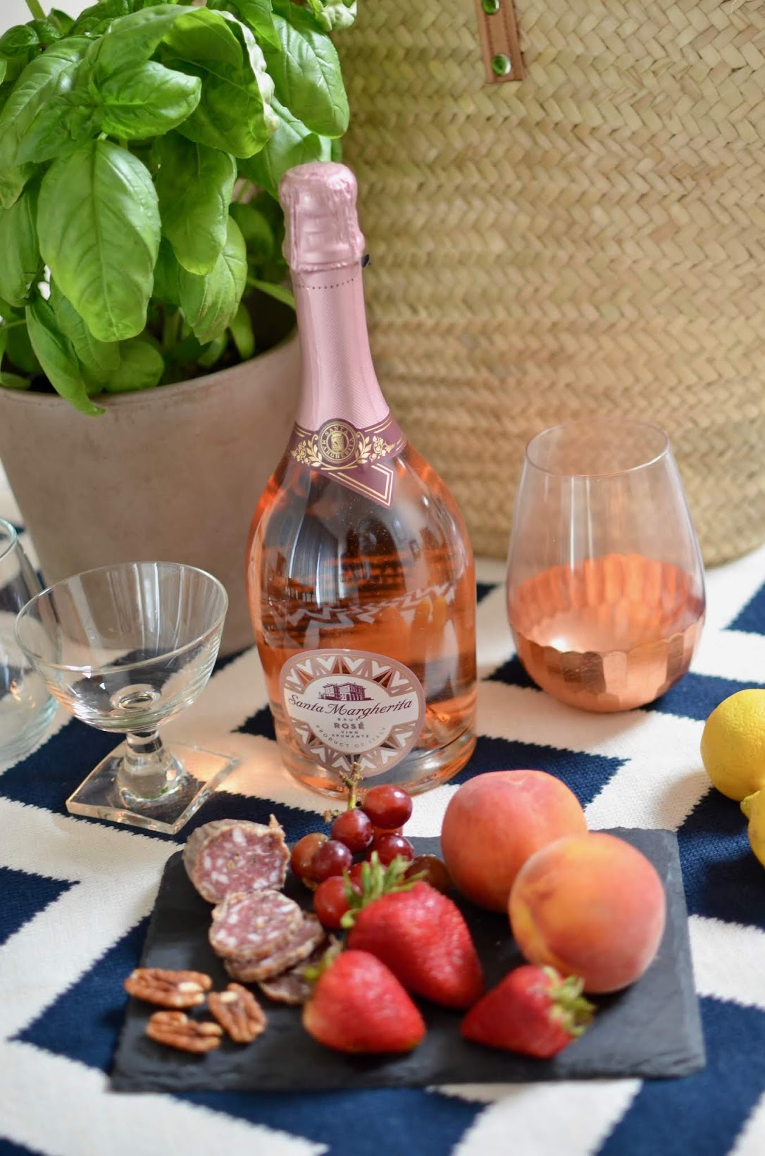 polka dot off the shoulder top, Baldwin cropped black denim, Santa Margherita Rosé, Sparkling Rosé, wine country picnic, how to have a stylish picnic, what to wear to a picnic, fourth of july picnic, wine country style