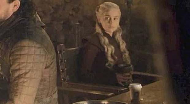 """HBO komentari blunder gelas kopi di """"Game of Thrones"""""""