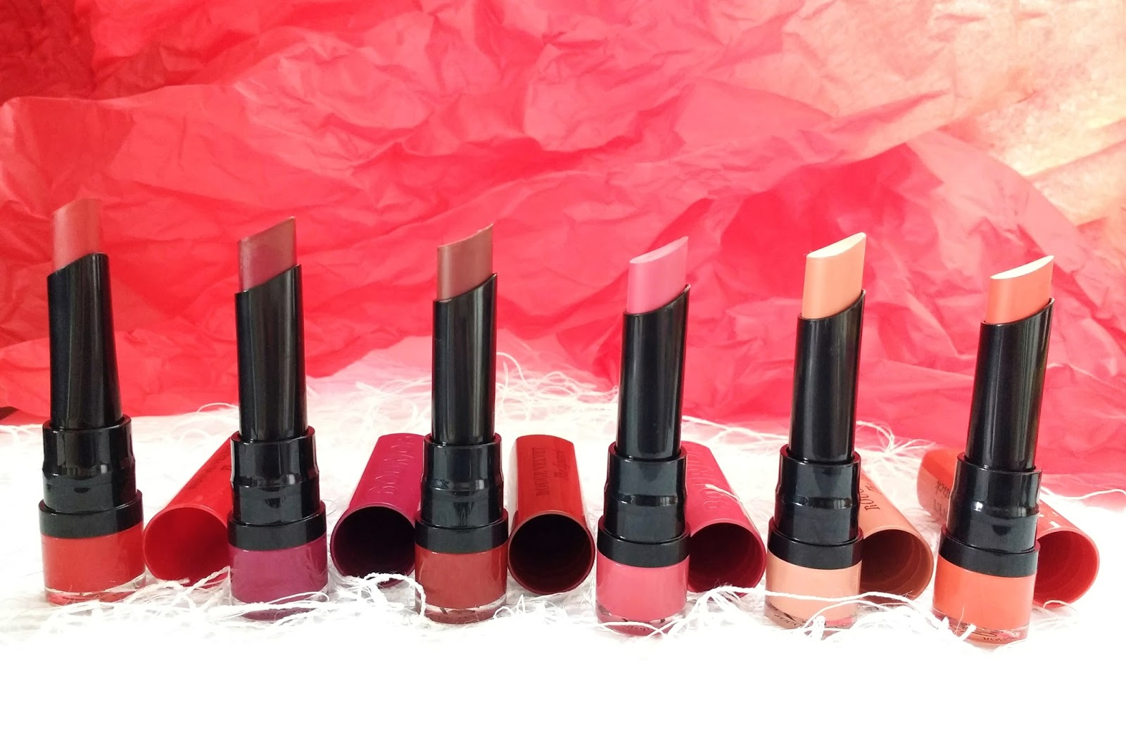 Bourjois Rouge Velvet Lipstick #VelvetTheLipstick | Matowe pomadki od Bourjois