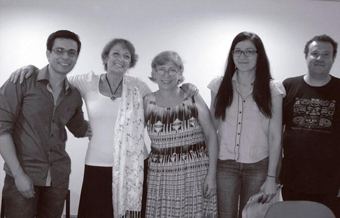 Cristina Piña en la Universidad de Brasilia en 2013, con Alexander Bonafim, Lucía Helena Marques Ribeiro, etc.