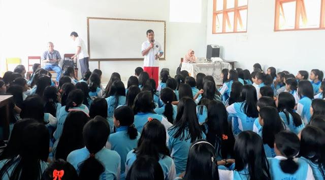 Hadir di SMK Kristen Makale, BNNK Tana Toraja Ajak Generasi Milenial Hindari Narkoba