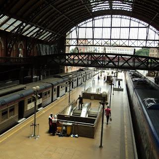 Chegada de Trem na Estação da Luz, São Paulo