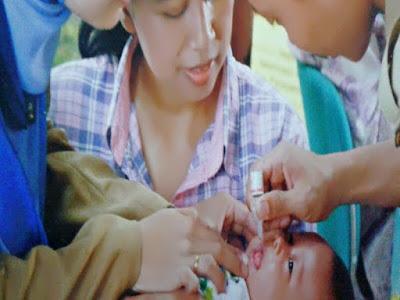 Gambar Pemberian Vaksin Campak, Vaksin Cacar Pada Bayi