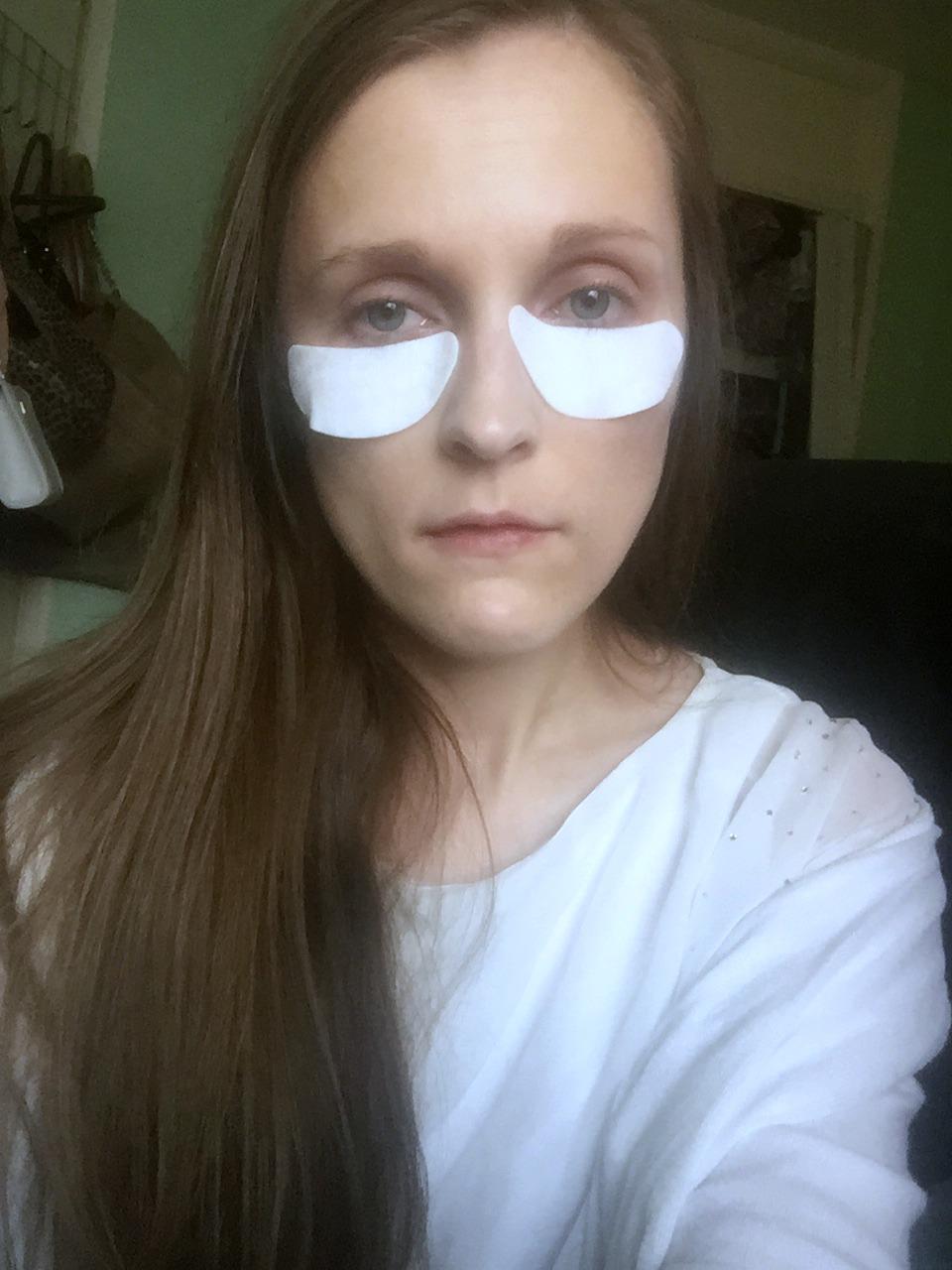wearing primark ps... dark circle reducing sunflower eye patches