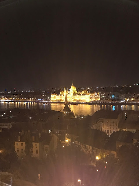 Things to do in Budapest - nighttime sightseeing
