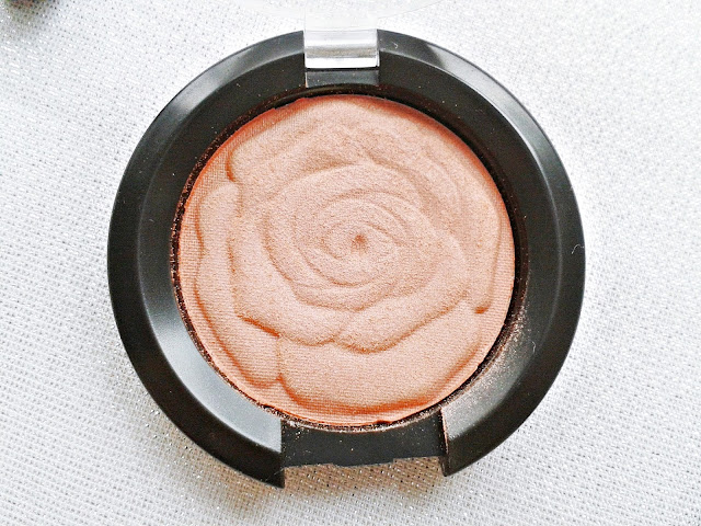 ingrid blush, ingrid rumenilo, taupe candy
