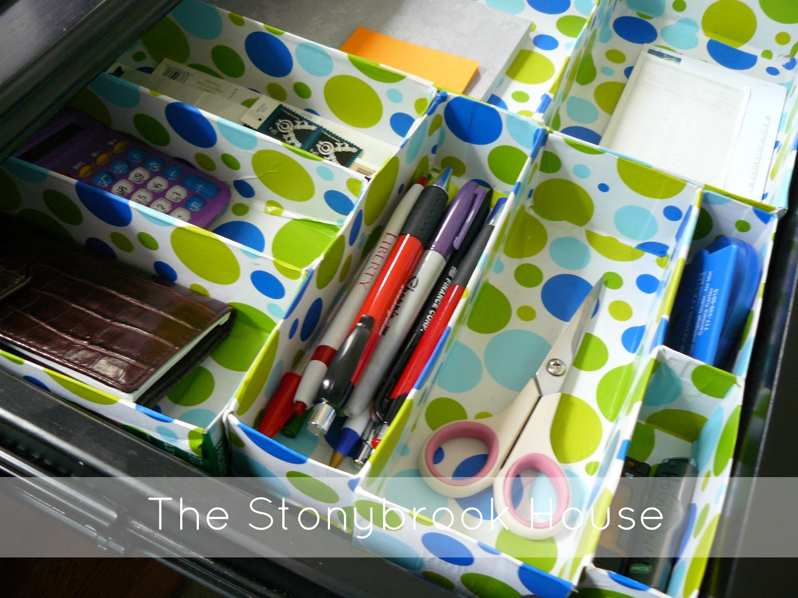 How to make super cheap drawer organizers the - Make your own desk organizer ...