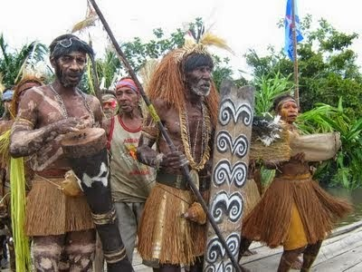 Mengenal Suku-Suku Di Papua - BAFin Headwear