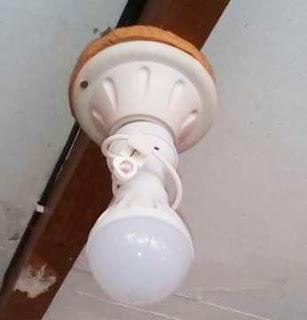 Cara memasang fitting lampu otomatis