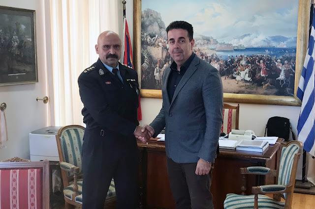 Συνάντηση γνωριμίας του Δημάρχου Ναυπλιέων Δ. Κωστούρου με το νέο Αστυνομικό Διευθυντή Αργολίδας