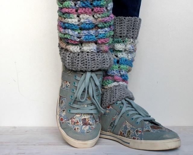lazy daisy jones crochet leg warmers from simply crochet issue 40