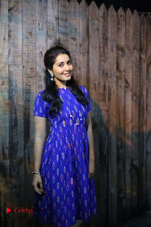 Actress Rashi Khanna Latest Picture Gallery  0008.JPG