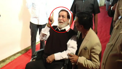 http://showbizshining.blogspot.com/2016/12/kadar-khan-memory-lost-see-what_23.html