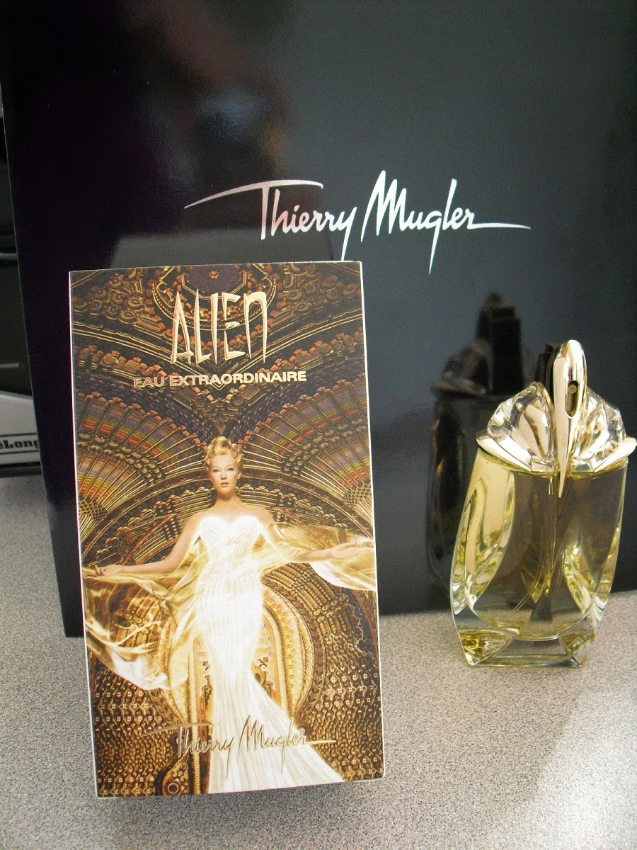 The Best of Everything For You: REVIEW: Thierry Mugler ALIEN