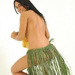 Andrea Rincon, Selena Spice Galeria 13: Hawaiana Camiseta Amarilla Foto 118