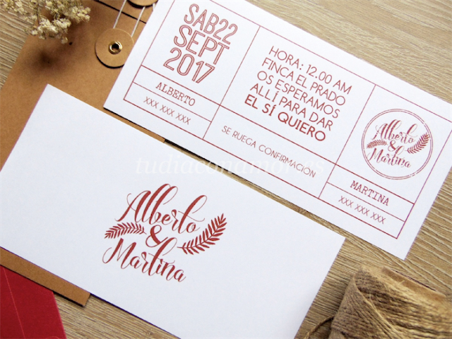 Una invitación de boda moderna y sencilla estilo entrada tipográfica con sello de los novios y decoración vegetal