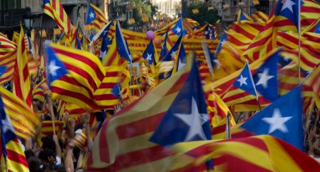 """750.000 personas se manifiestan en Barcelona por la liberación de los """"presos políticos"""""""