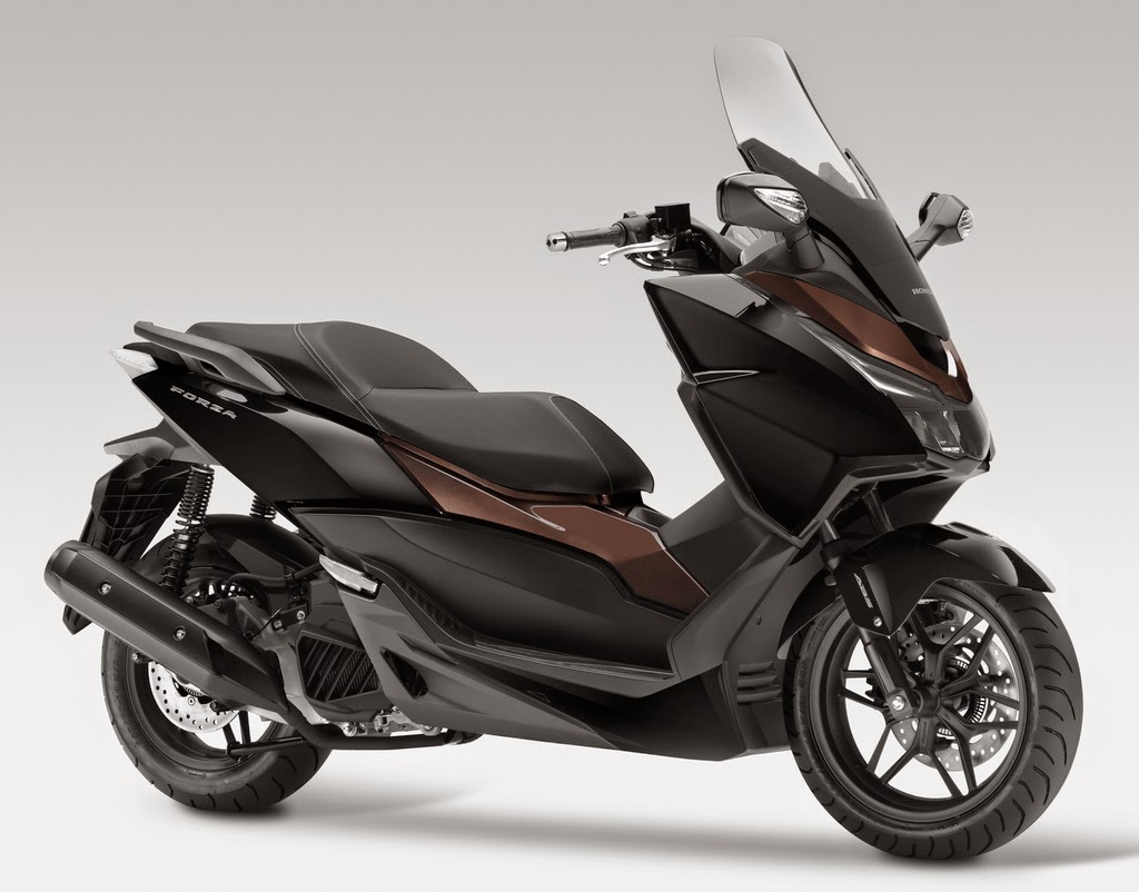 honda forza 125 the eighth liters class scooter the war of auto 39 s. Black Bedroom Furniture Sets. Home Design Ideas