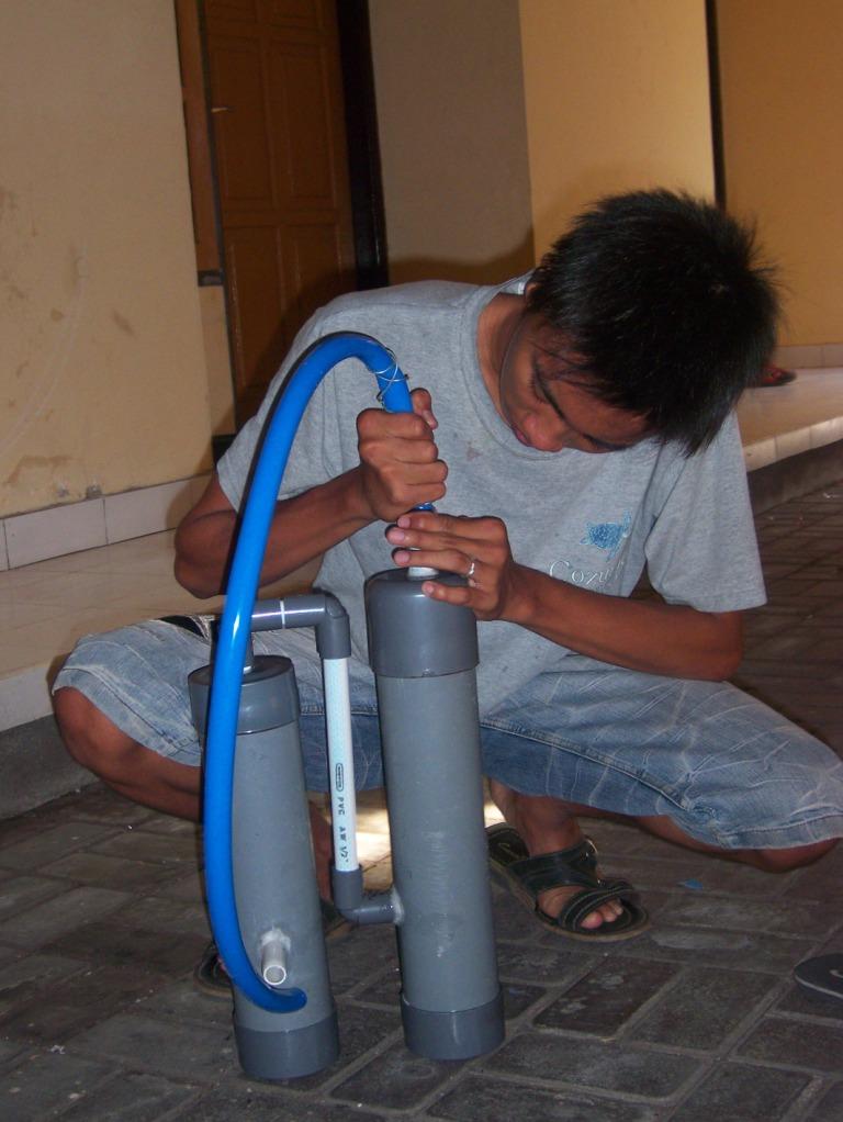 Cara Praktis Membuat Air Infus