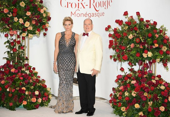Princess Charlene wore Fish Scale Sequin v-neck gown grey at Monte Carlo Sporting Club for Gala of the Red Cross of Monaco