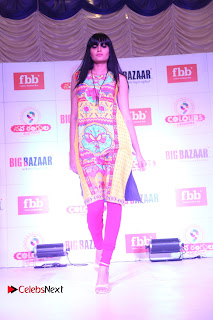 Actress Tapsee Pannu Pictures at Big Bazar Fashion Show 0006