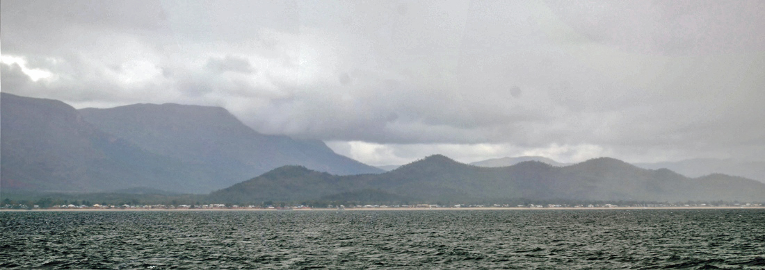 Dunk Island Buildings: Sailing With ALANA ROSE: Thursday