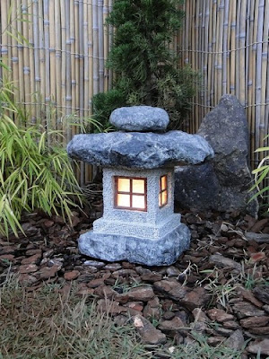 jardim japones, lanterna japonesa, lanterna de pedra, ishidoro