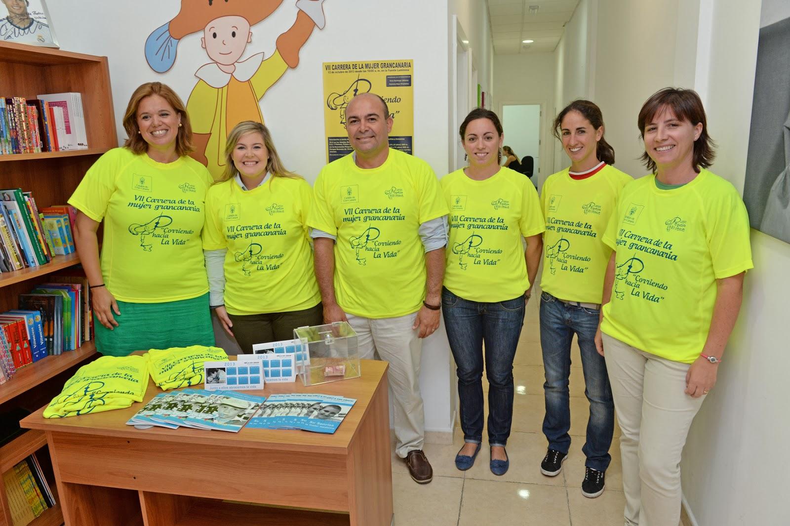VII Carrera de la mujer grancanaria por la Asociación Pequeño ...