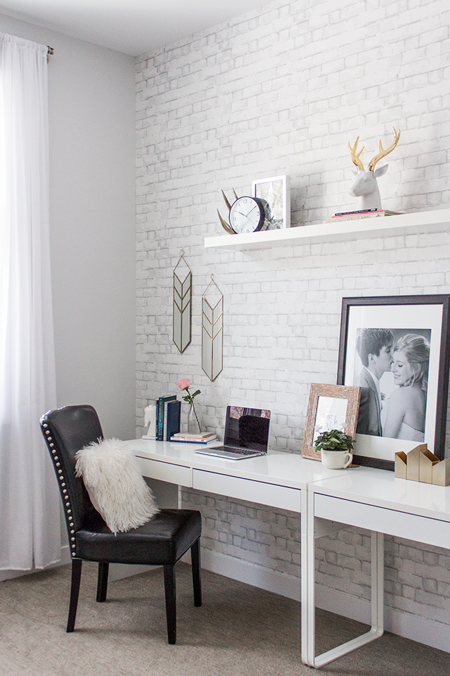 Scandinavian inspired minimalist office by Havenly interior design // Pretty Little Details home tour.