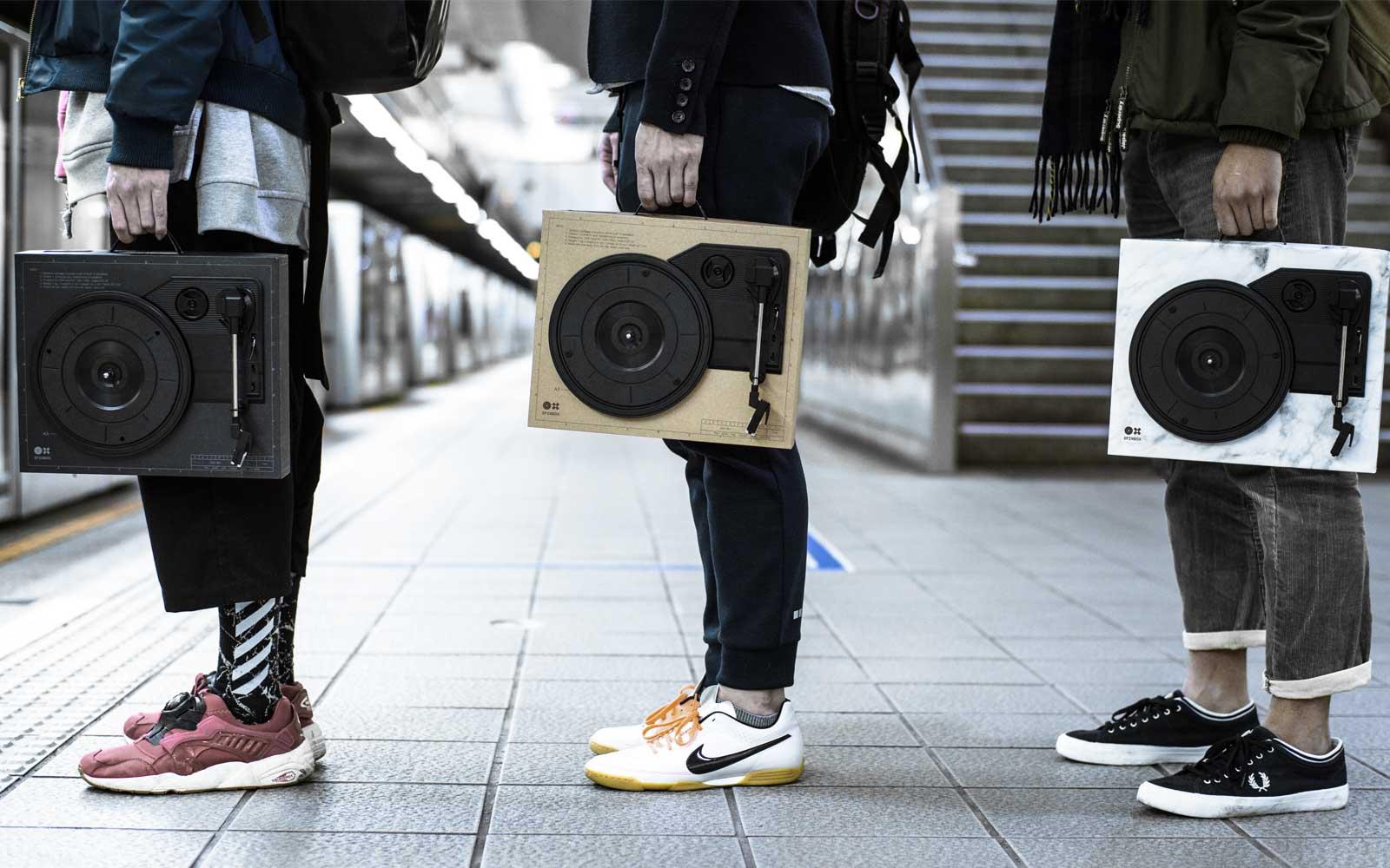 Spinbox | Der 'Do It Yourself' Turntable mit Akkubetrieb