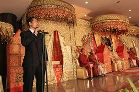 Contoh Naskah Pidato Kata Sambutan Acara Resepsi Pernikahan