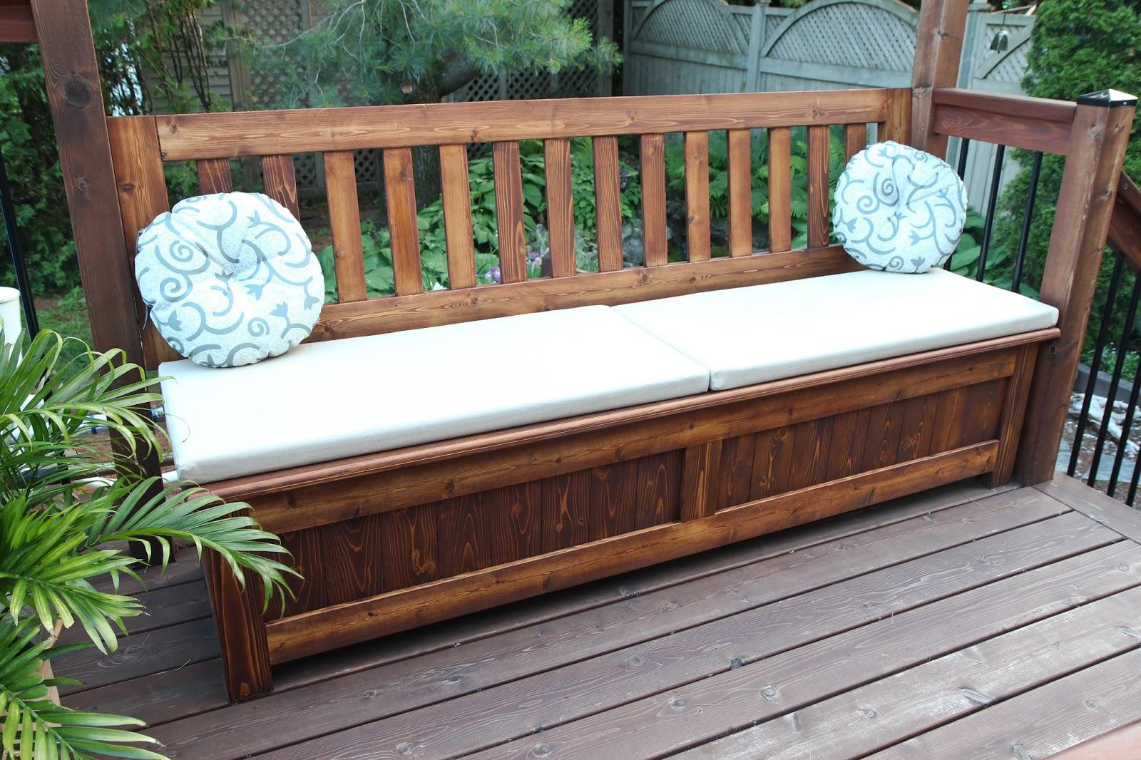 la varlope banc coffre pour patio. Black Bedroom Furniture Sets. Home Design Ideas