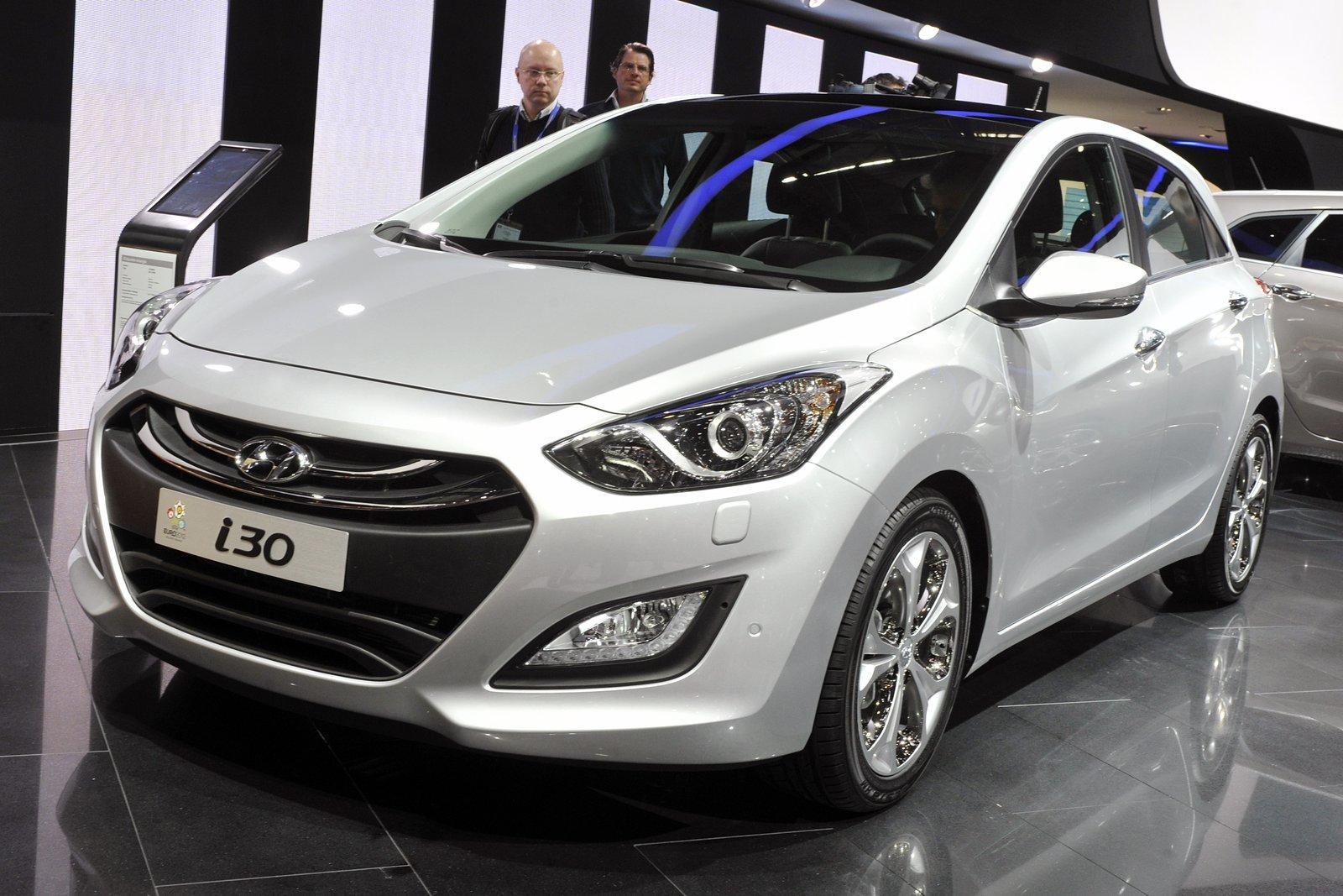 Car Barn Sport: Hyundai I30 Wagon (2013