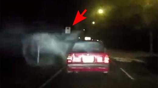 Taxi de Hong Kong es golpeado por ser sobrenatural