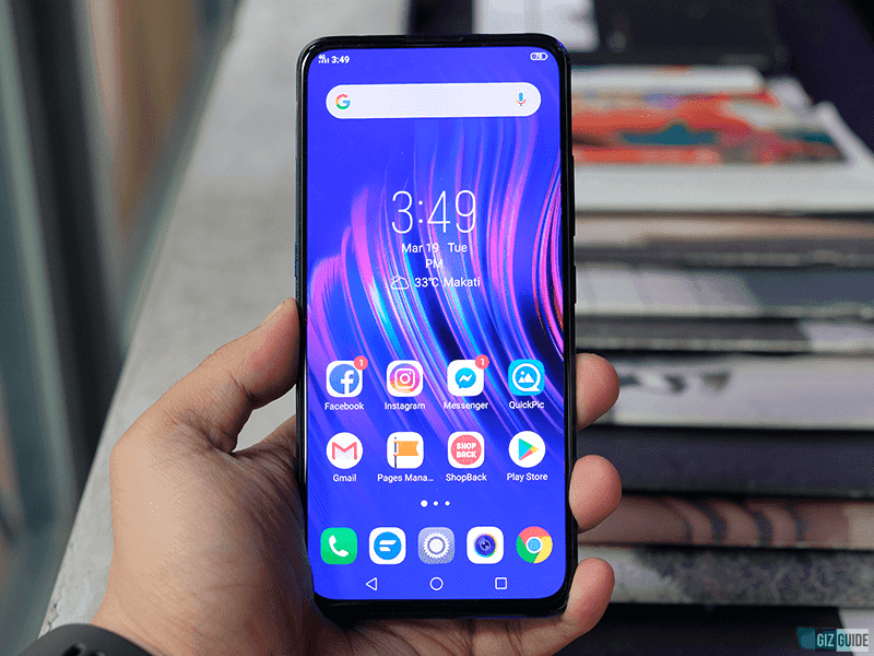 What are the benefits of Vivo V15's true full screen displays?