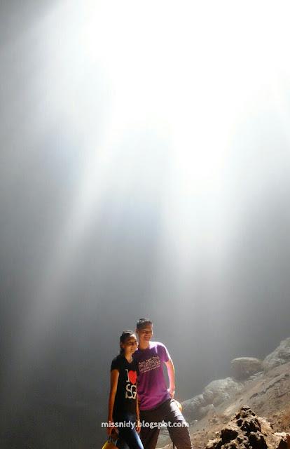 prewedding di goa jomblang