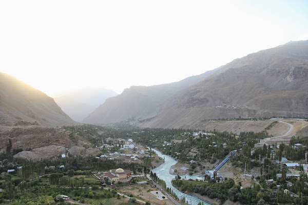 Tadjikistan, Khorog, rivière Gunt, Haut-Badakhshan, © L. Gigout, 2012