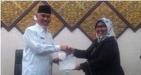 DPRD Kota Padang  Dengakan Penyampai Dua Ranperda Walikota