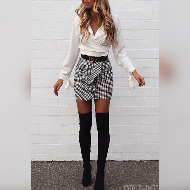 Ψηλόμεση  κοντή άσπρη με μαύρη φούστα SONA
