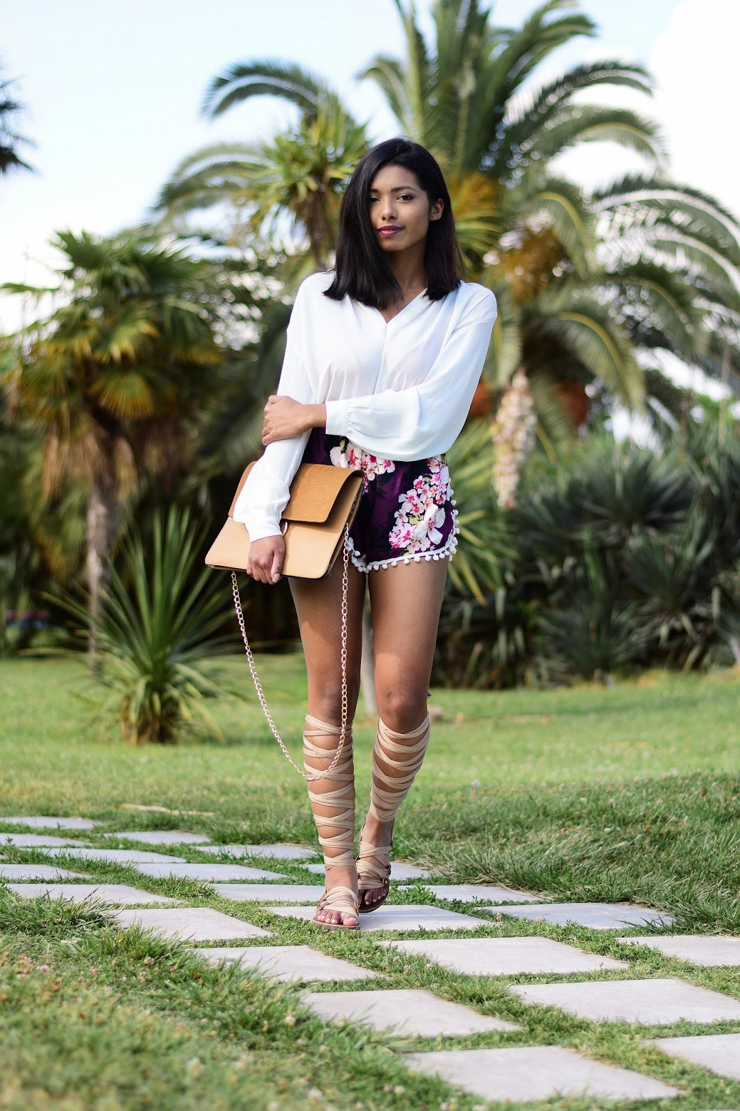 floral pom pom shorts spring outfit inspiration