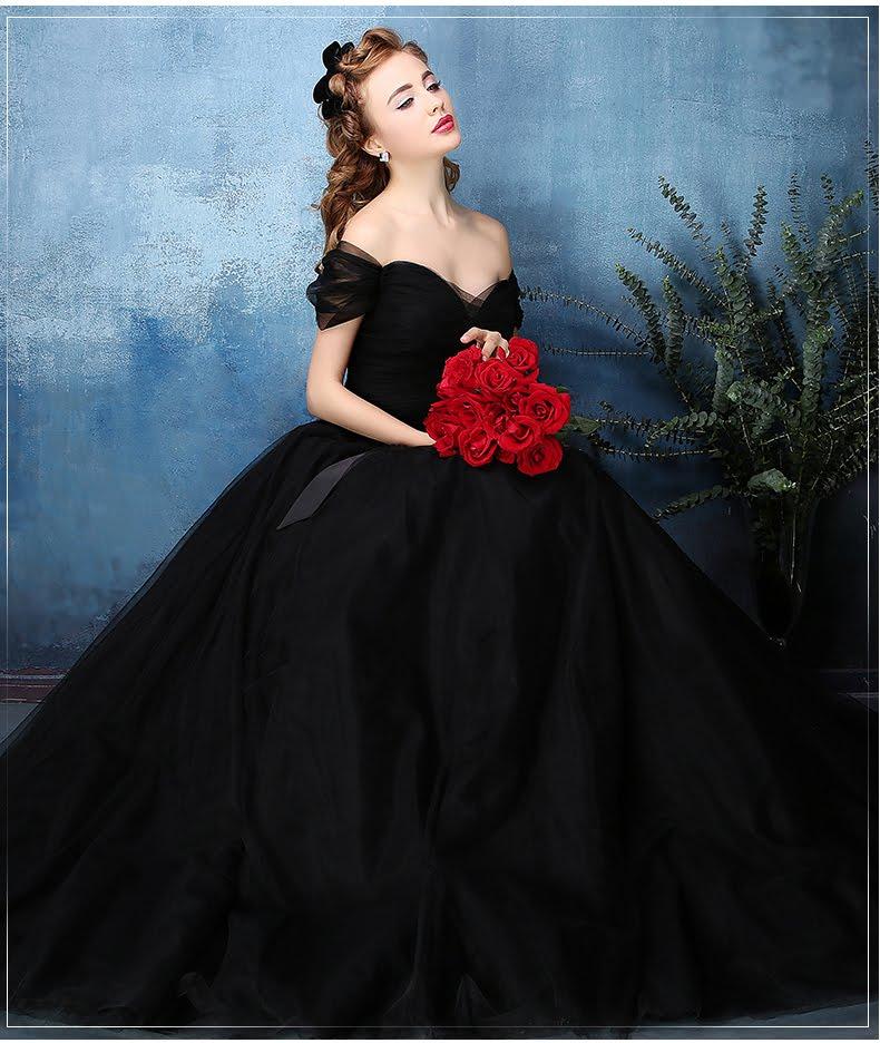 Unique Vintage Wedding Dresses For The Unconventional