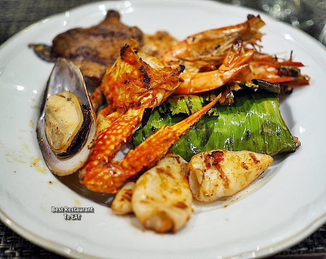 Hotel Istana Kuala Lumpur Seafood and Meat BBQ Selection